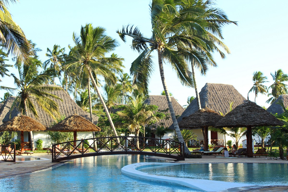 Zanzibar - UROA BAY BEACH RESORT - 7 Nights